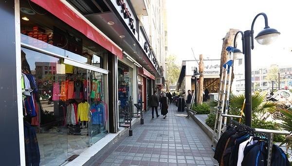میدان منیریه بورس لوازم ورزشی در تهران